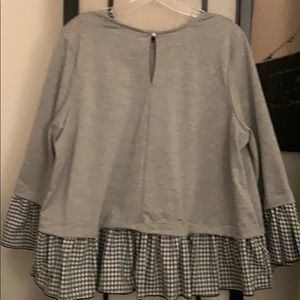 Forever 21 Tops - New Heather Grey Knit Top